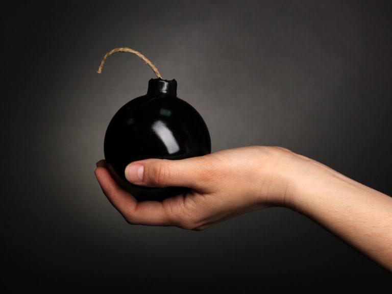 Как не создать из информационной системы бомбу замедленного действия?